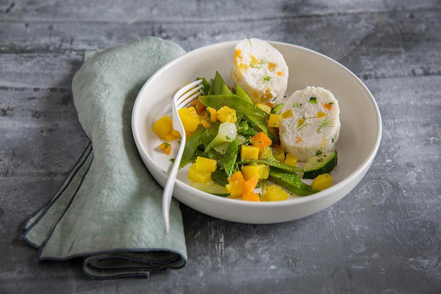 Ballotine de poisson aux petits légumes de saison